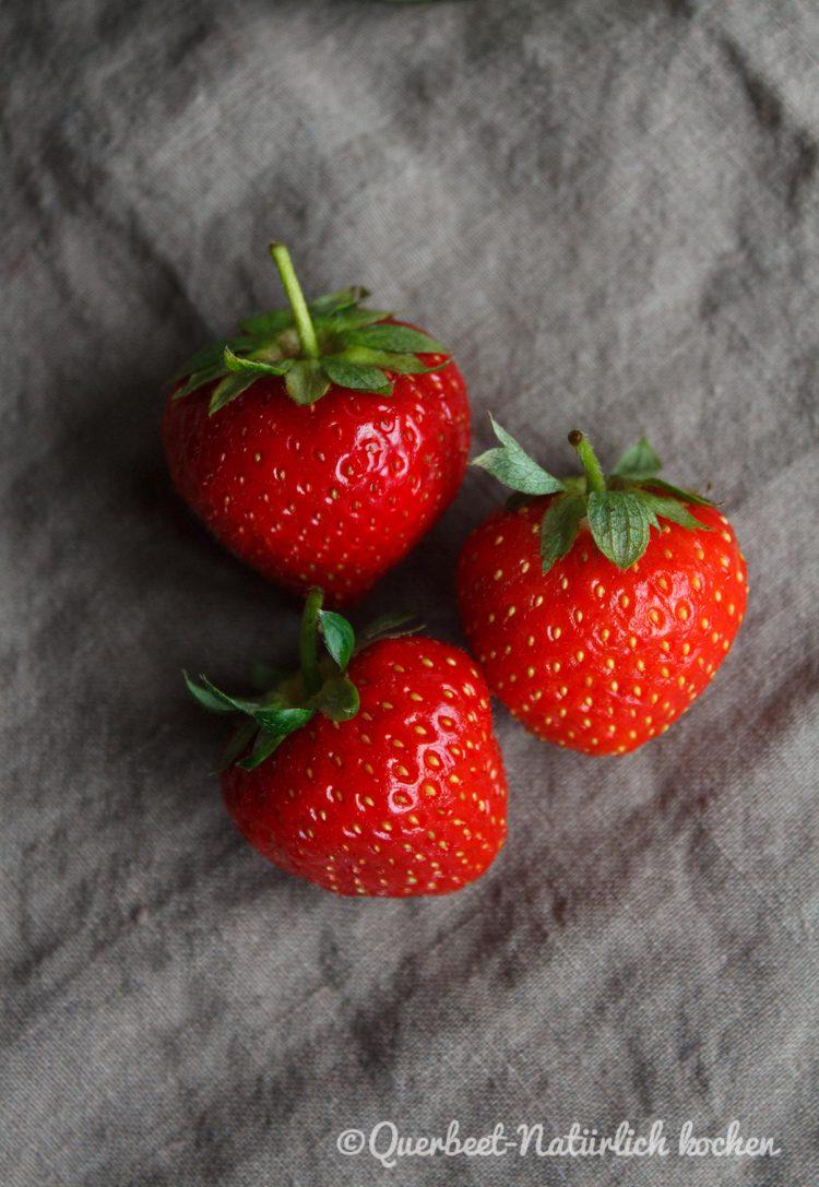 Spargelsalat mit Erdbeeren und Parmesan 3.querbeetnatuerlichkochem