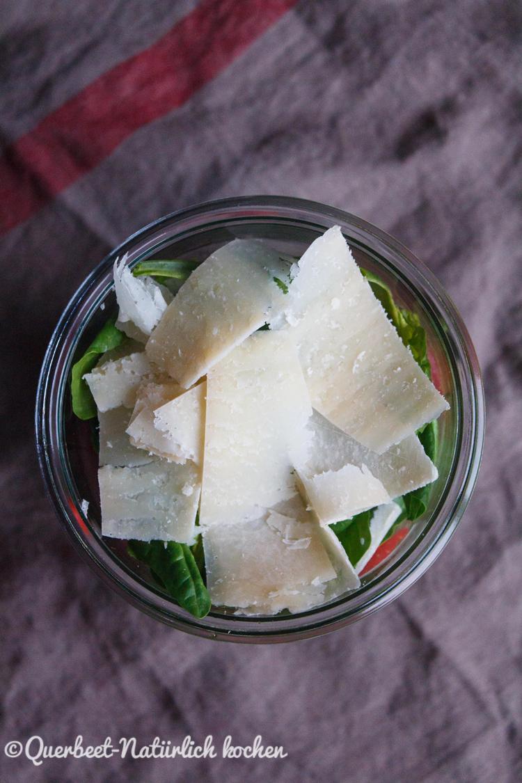 Spargelsalat mit Erdbeeren und Parmesan 5.querbeetnatuerlichkochem